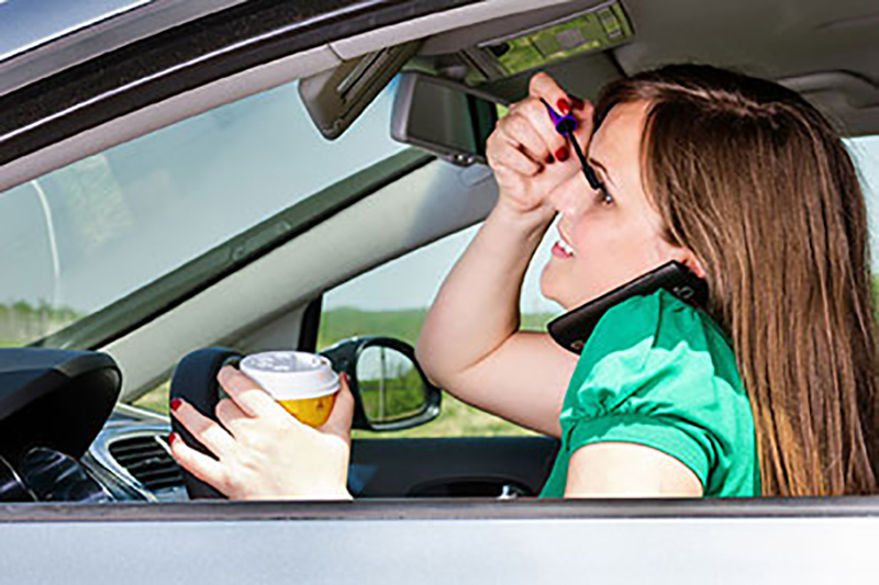 How to Avoid Distracted Driving