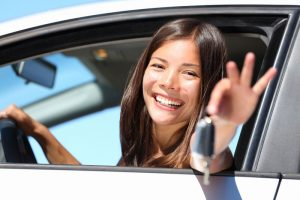 Handy Driving Skills to Teach Your Teen Behind the Wheel