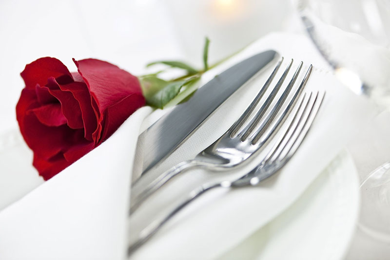 Valentine's Day Date Ideas to Spoil Your Loved One